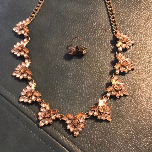 BaubleBar Jewelry - Beautiful sparkly statement necklace & earrings